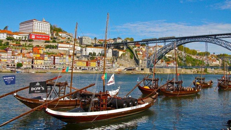 Porto O que fazer Roteiro dicas pontos turísticos passeios férias Portugal hotel