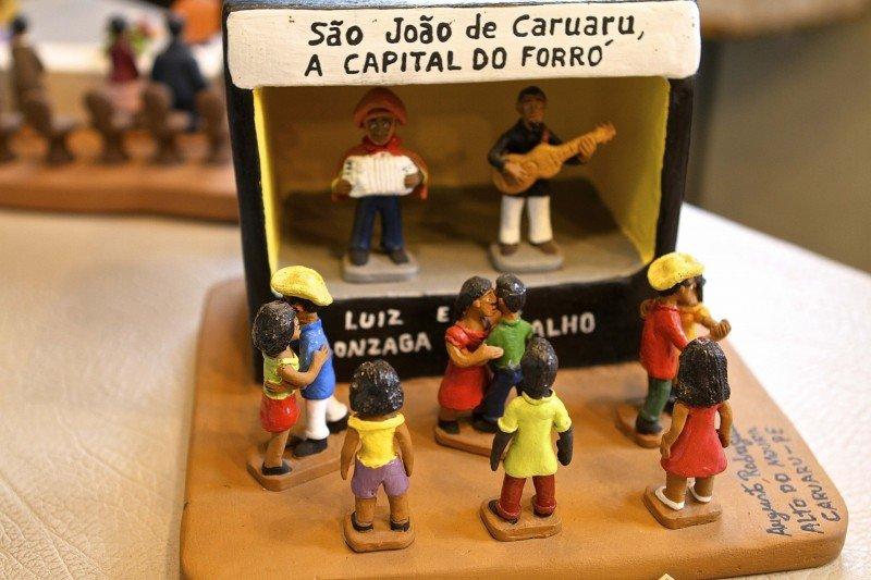 feira Caruaru Agreste Pernambuco artesanato turismo Alto do Moura o que fazer