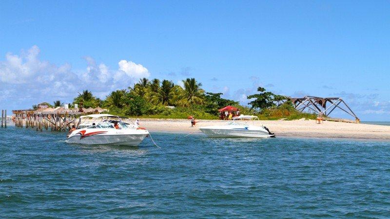 Coroa do Avião Pernambuco praias turismo viagem ilha de Itamaracá