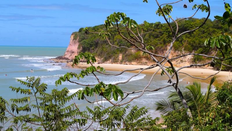 Melhores praias RN nordeste praia de Pipa Baia dos Golfinhos Giz turismo dicas viagem passeios praia mais bonita do Brasil Madeiro