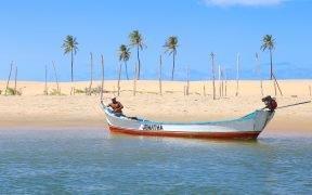 Passeio de barco Foz do rio São Francisco - Piaçabuçu - encontro do Rio São Francisco com o mar - divisa entre Alagoas e Sergipe