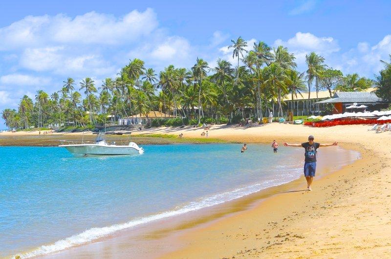 o que fazer na Praia do Forte Bahia litoral norte praias dicas passeios
