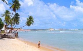 melhores praias próximas a Natal - Praias mais bonitas de Natal - Praias tranquilas em Natal - Rio Grande do Norte - Praias para passar férias em Natal - RN