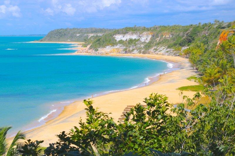 Praias tranquilas no Nordeste Brasileiro - Praias sossegadas no Nordeste - Lugares para relaxar no Nordeste - Praias calmas para fugir do agito