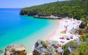 Melhores Praias próximas a Lisboa - Praias mais bonitas perto de Lisboa - Praias na região de Lisboa - Praias sossegadas em Lisboa - Praias tranquilas