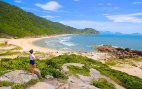 melhores praias para se hospedar em Santa Catarina. Praias mais bonitas para ficar no litoral catarinense.