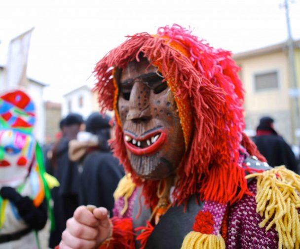 Caretos de Trás-os-Montes e Alto Douro, festas de inverno, Natal, Reis e Carnaval. Festas tradicionais transmontanas. Aldeias dos caretos.