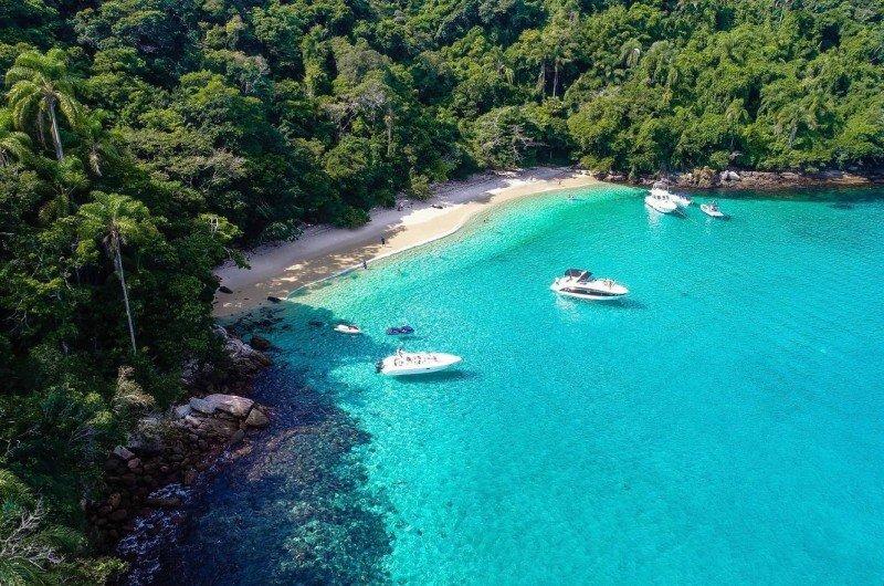 melhores passeios de barco na Ilha Grande