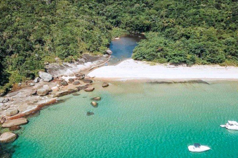 Praias desertas do estado do Rio de Janeiro